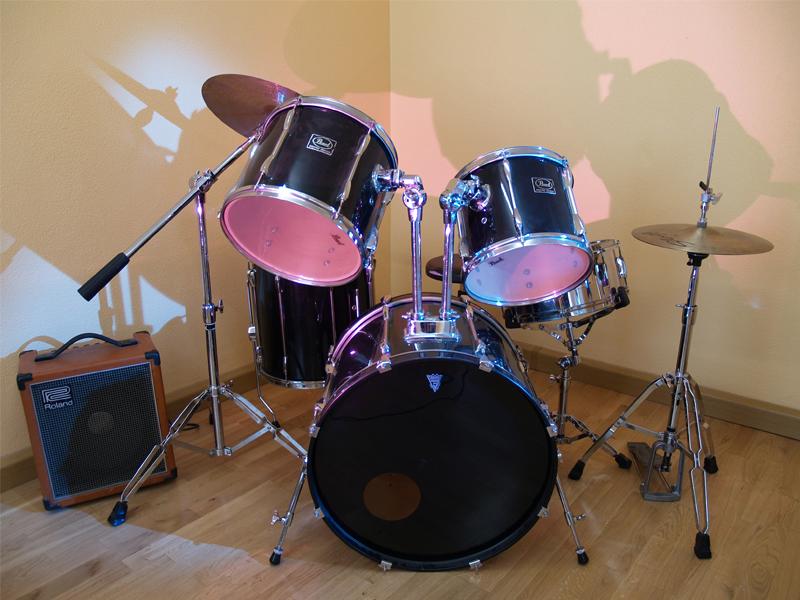 Musikschule Music, Art & Fun: Schlagzeugunterricht bei Frau Sarfert