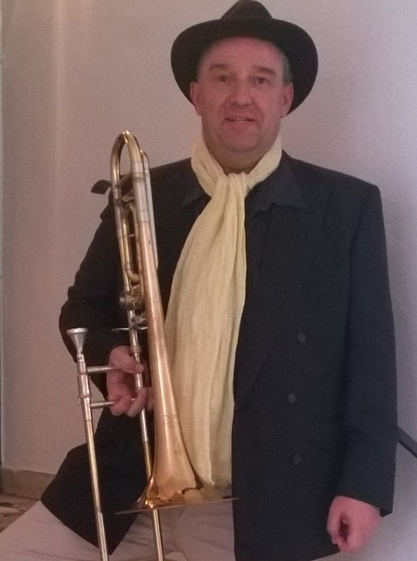 Musikschule Music, Art & Fun: Herr Armin Ambros