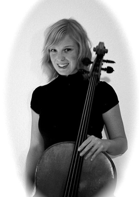 Musikschule Music, Art & Fun: Frau Verena Laxgang